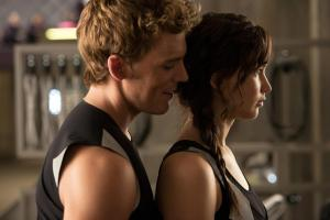 HQ-Katniss-and-Finnick-catching-fire-movie-33312263-2048-1366