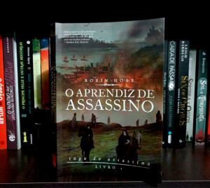 livro o aprendiz de assassino